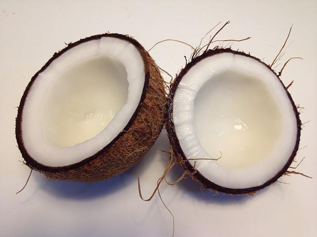 půlky kokosu